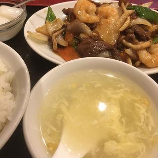 牛肉と海老と野菜のXO醬炒め(中華料理 家宴 )