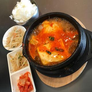 チゲ鍋(チェゴヤ 韓国家庭料理 テラスモール湘南店)