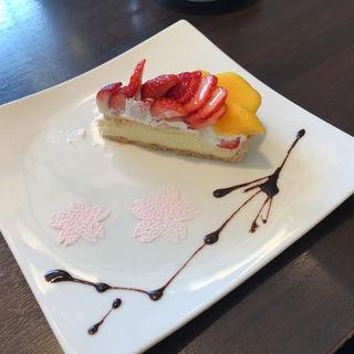 ストロベリーマンゴーケーキ(Cafe comme ca)