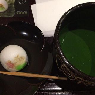 抹茶と生菓子セット(京都茶寮 (【旧店名】ギャラリーカフェ 京都セレクション))