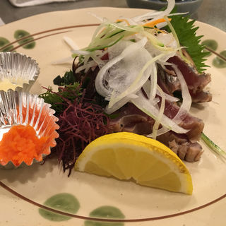 カツオのタタキ(大衆割烹 ひかり)
