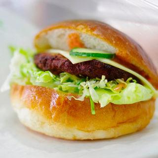 ハンバーガー(ナトリパン )
