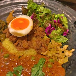 スパイシーで旨辛!東新宿で食べる本格インドカレーをご紹介