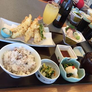 海老と真穴子の天ぷら膳(かごの屋 森小路インター東店 )