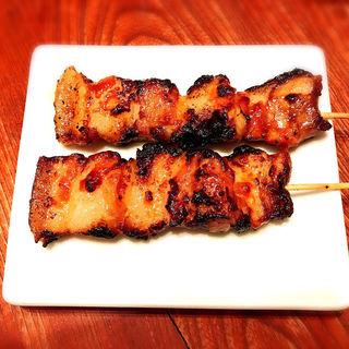 国産豚バラ串(味噌)(博多うどん酒場イチカバチカ)