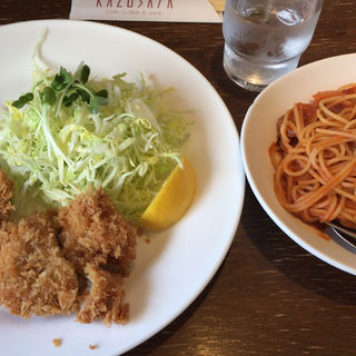 チキンカツとパスタ(スープ付)(KAZUSAYA )