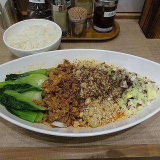 汁なし担々麺(小星星麺)