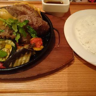 プレミアム ハンバーグステーキ  ダブルレギュラーセット (360g) ・ ライス + チーズ(いしがまやハンバーグ セブンパークアリオ柏店 )