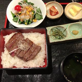 極ランプステーキ重(おんどる 永犬丸店 (ONDORU))