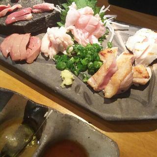 鶏のお造り盛り合わせ(鶏豚きっちん渋谷道玄坂店)