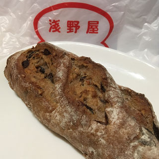 イチジクと木の実のライ麦パン(ブランジェ浅野屋 松屋銀座店 (ブランジェ・アサノヤ))