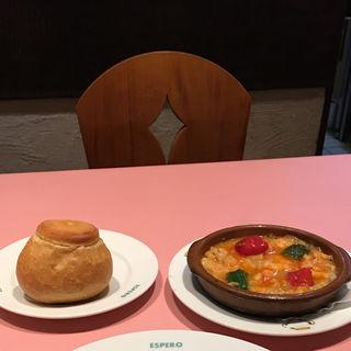 ★タラ・エビ・タラバガニのトマト煮 ナバラ名物(スペイン料理銀座エスペロ ガス灯通り店)