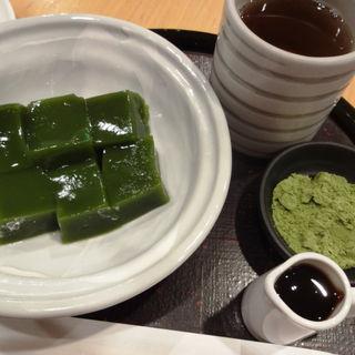抹茶わらび餅(京はやしや 京都三条店)