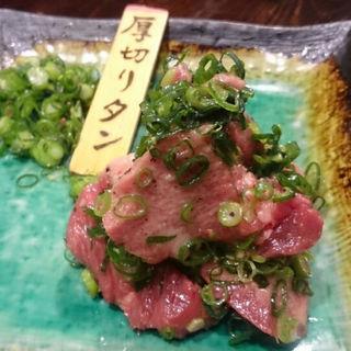 名物厚切り牛タンステーキ(まんてん )