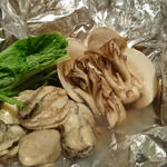 カキと蛤のホイル焼き