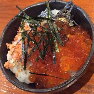 ミニイクラ丼(BOND)