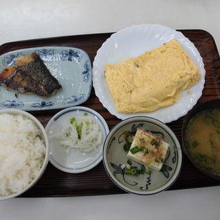 出汁巻き定食(みなと食堂 )