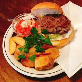 HIDA BEEF BURGER(Center 4 hamburgers)