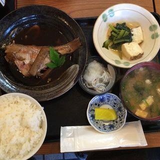 お魚定食(たこ八 )