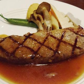 岡山産牛ロースステーキ(120g)(レストラン亀遊亭 )