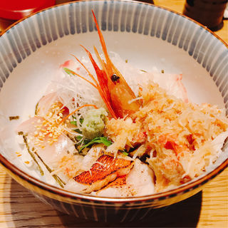 雨後晴特製 海鮮丼 (雨後晴 青山 )