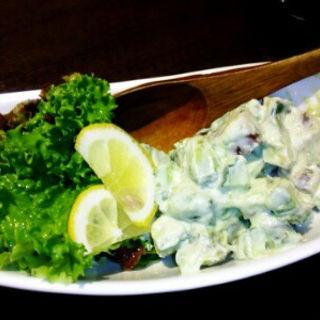 アボカドとマグロのわさび風味サラダ(かくれんぼ)