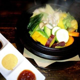 彩り野菜のスチームポットサラダ(花花)