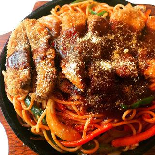 ロースカツがのったスパゲティ(があべら )