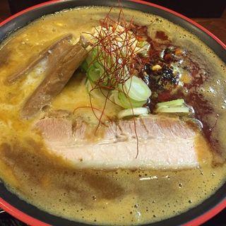 カレーラーメン(節系とんこつらぁ麺 おもと )