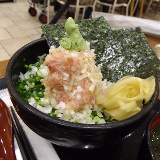 ねぎとろ丼(二代目ぐるめ亭 ラゾーナ川崎店)