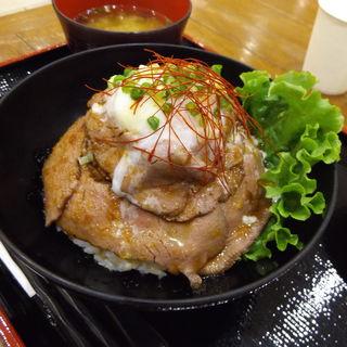 ローストビーフ丼(米沢 琥珀堂 ラゾーナ川崎店)