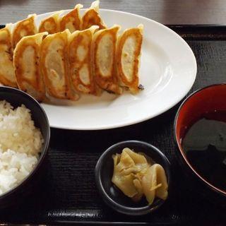 ダブル焼き餃子定食(肉餃子専門店 THE GYO 川崎店)