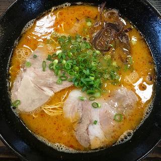 ピリ辛ラーメン(麺や 小鉄 )