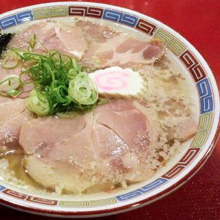 はまんど+焼煮豚盛り(虎右ヱ門 (とらえもん))