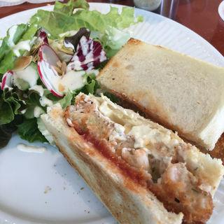 海老のカツレツ  タルタルソースのサンドウィッチ(HARBS 名古屋ラシック店 (ハーブス))
