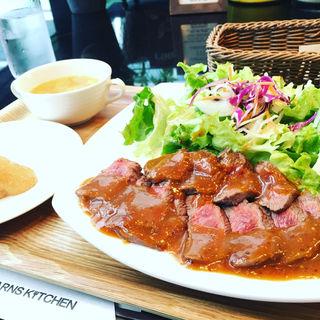 牛イチボ肉のステーキランチ(バーンズ・キッチン (【旧店名】バーンズ・カフェ))