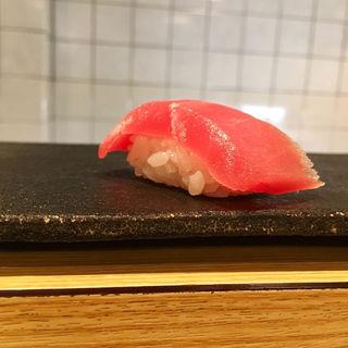 マグロ(すし酒場 平島)