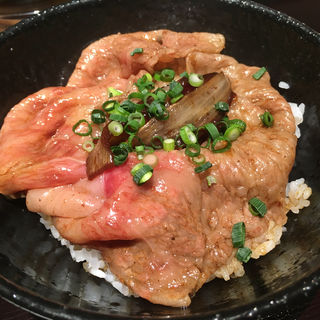 極上牛丼(肉割烹 KINTAN コレド室町)