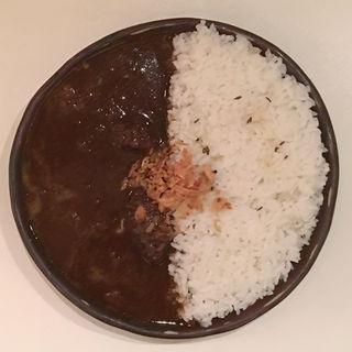 特製欧風牛スジカレー(ニドミ (nidomi))