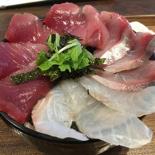三色丼(海鮮丼てんや 箱崎ふ頭店 )