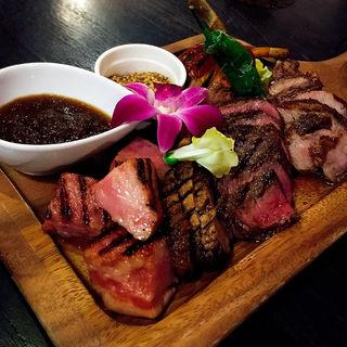 お肉の祭典 肉盛りプレート(HaLe Resort 河原町店 )