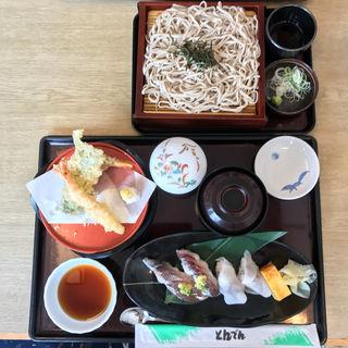 「さんま天鮨・北海道そば」(天ぷら・茶わんむし・味噌汁付き)(和食レストランとんでん 立川栄町店 )