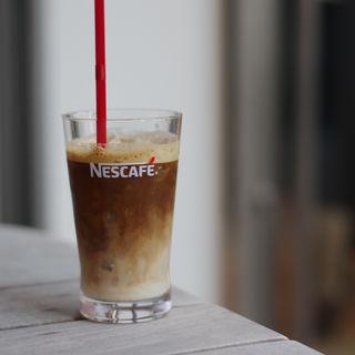 アイスカフェラテ(ネスカフェ 三宮店 (Nescafe))