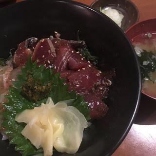 青唐醤油の名物べっこう丼(萬年青 (OMOTO))