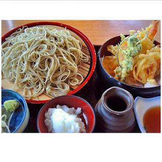 十一天おろし蕎麦(直利庵 三浦屋 (ちょくりあん みうらや))