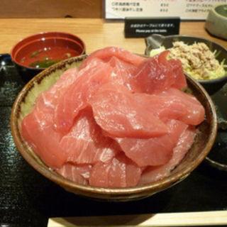 新鮮マグロブツ丼(三代目 うめきち )