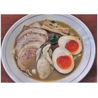 春牡蠣白湯そば(中華そば まるき )