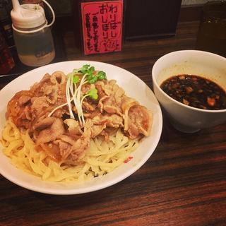 肉盛りつけ麺(魁 肉盛りつけ麺 六代目 けいすけ 湯島店)
