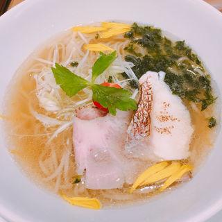 うまい鯛塩らー麺(うまい麺には福来たる 西中島店)