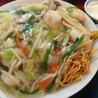 海老と野菜のあんかけ揚げやきそば(中国創作料理 鼓々里)